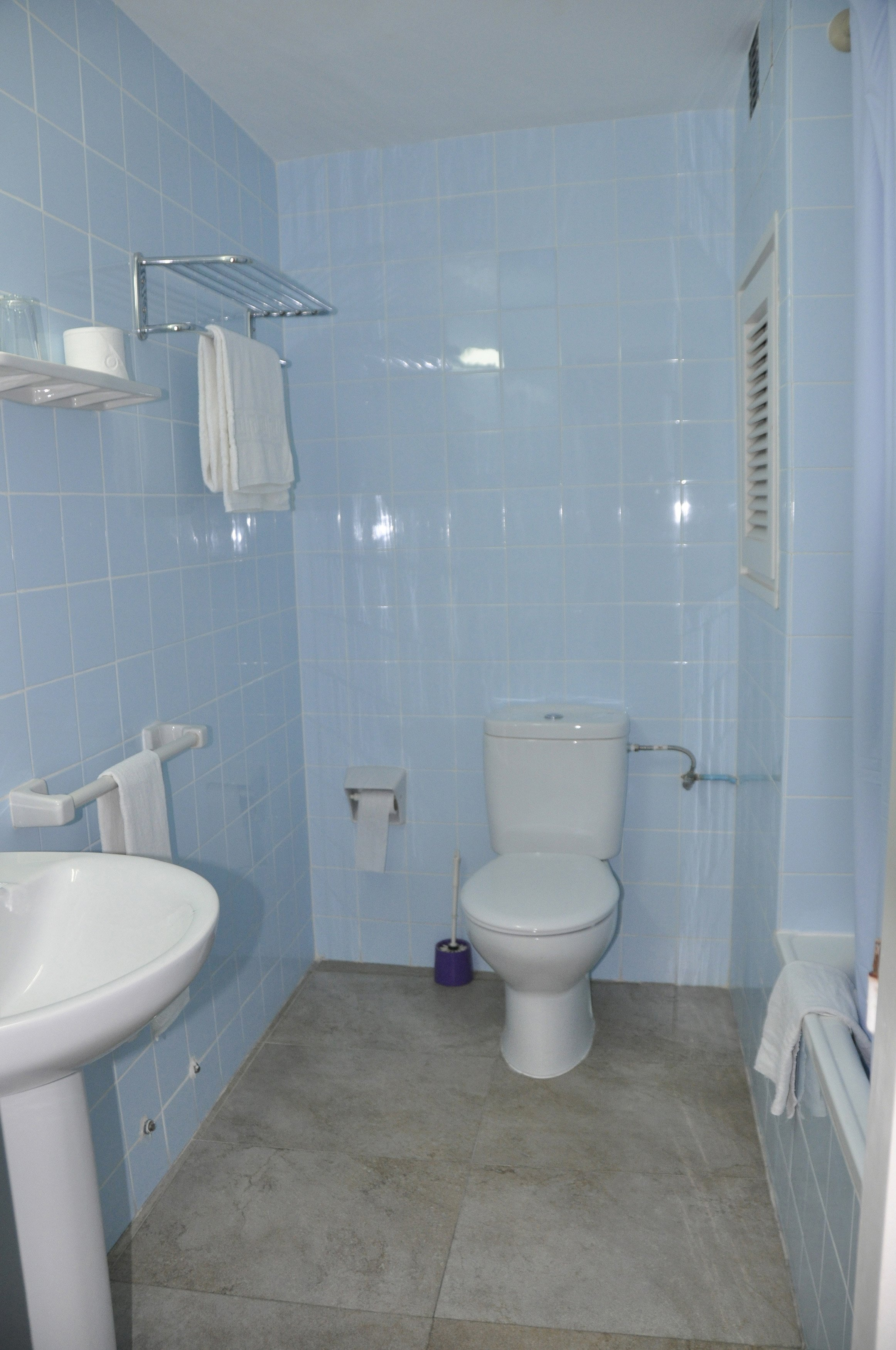 Single Room (Indoor) with Private Bathroom 5